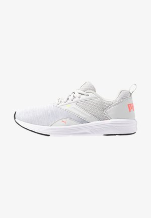 NRGY COMET - Neutral running shoes - glacier gray