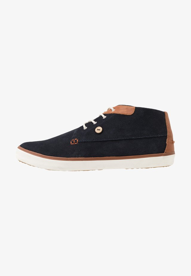 BASKETS WATTLE  - Sporty snøresko - navy