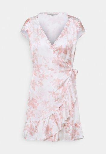 ZINNIA EVOLUTION DRESS - Day dress - pink/white