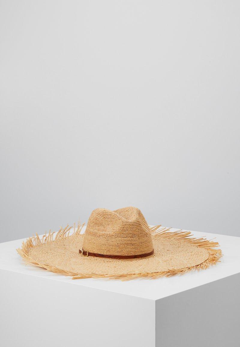 Patrizia Pepe - CAPPELLO FALDA LARGA - Hat - sand