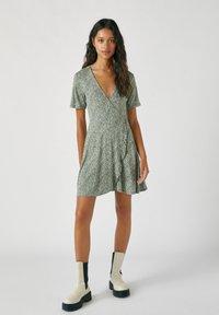 PULL&BEAR - Denní šaty - dark green - 1