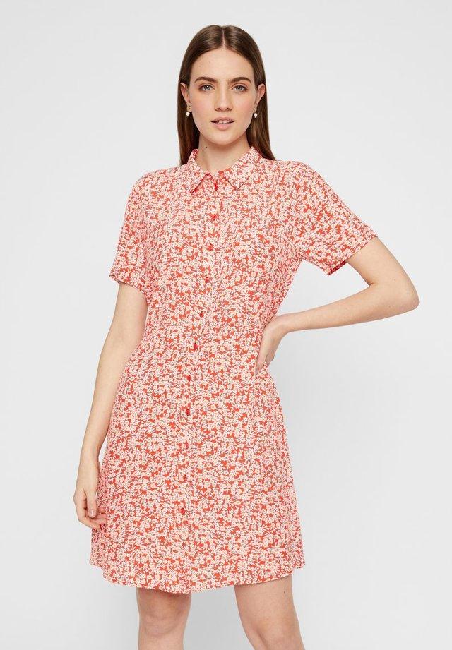 Sukienka koszulowa - grenadine