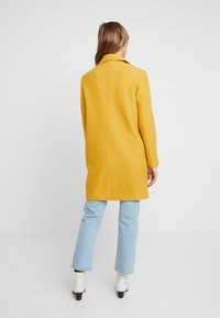 comma casual identity - Classic coat - yellow - 2
