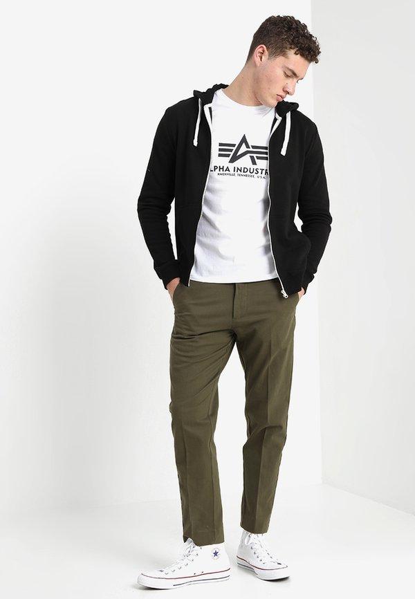 Alpha Industries RAINBOW - T-shirt z nadrukiem - weiss/biały Odzież Męska CRKB