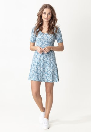 DRESS CLAIRE - Jerseykjoler - blue