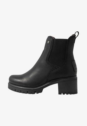 PIA - Kotníkové boty na platformě - black