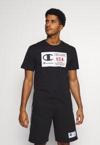Champion - CREWNECK  - T-shirt imprimé - black - 0