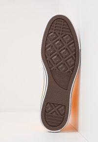 Converse - CHUCK TAYLOR ALL STAR  - Sneakers hoog - laser orange - 4