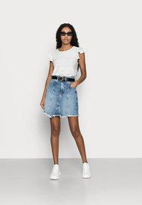 Even&Odd Petite - DENIM SKIRT - Denim skirt - light blue denim - 1