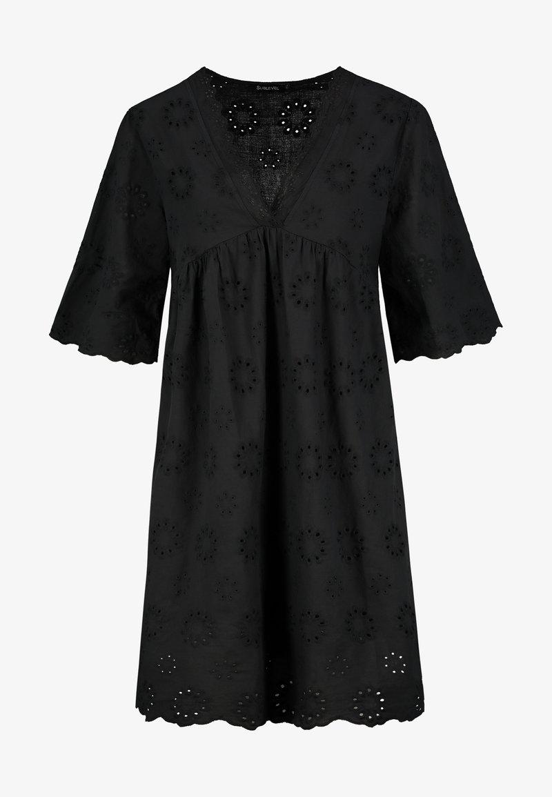 Sublevel - Maxi dress - black