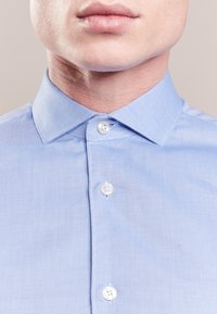 Tiger of Sweden - FARRELL SLIM - Camicia elegante - light blue - 3