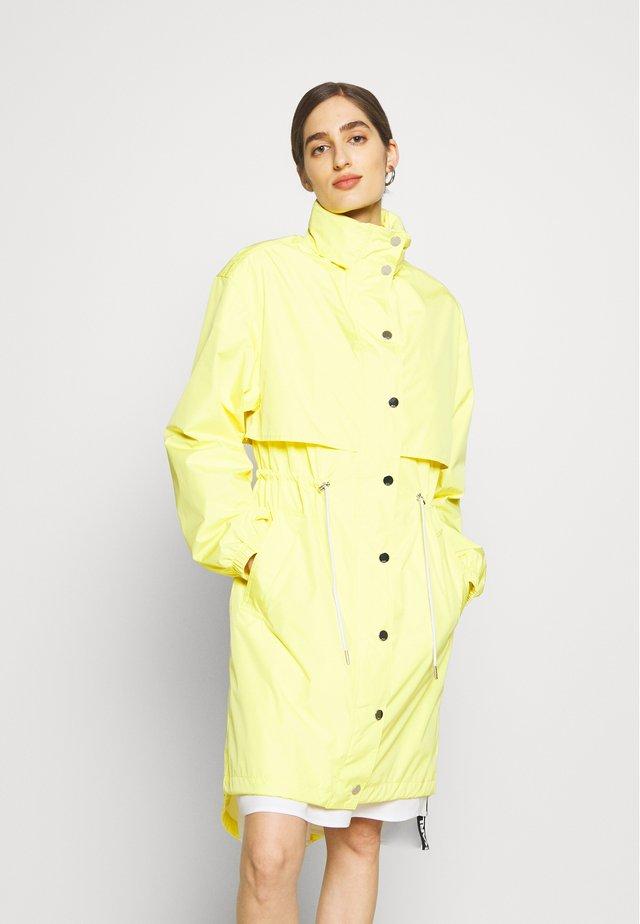 WATERPROOF ANORAK LOGO - Regenjas - brilliant yellow