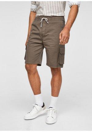 REGULAR FIT - Shorts - brown