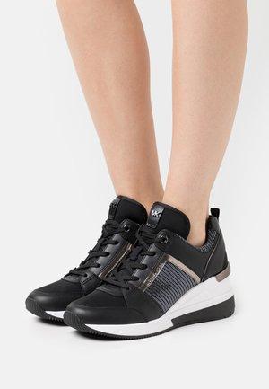 GEORGIE TRAINER - Sneakers - black