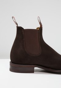 R. M. WILLIAMS - COMFORT CRAFTSMAN SQUARE G FIT - Classic ankle boots - chocolate - 5