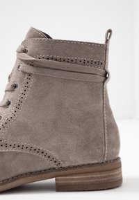 Be Natural - Botines con cordones - taupe - 2