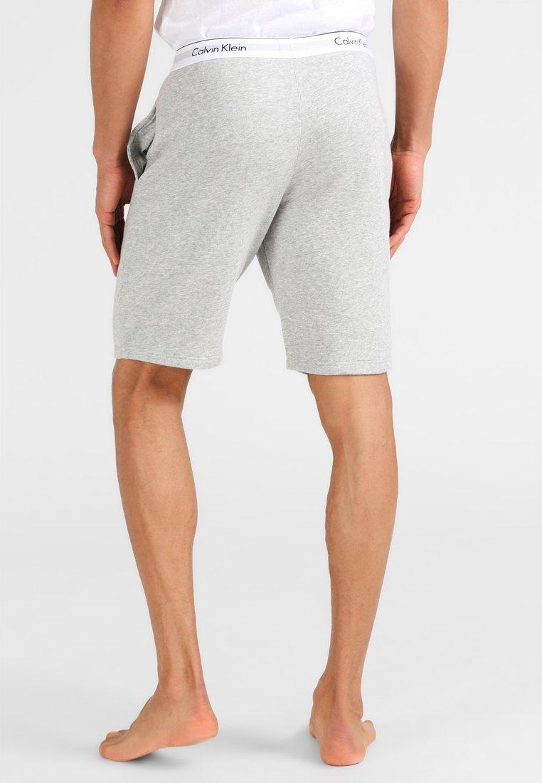 Osta Suosikkisi Miesten vaatteet Sarja dfKJIUp97454sfGHYHD Calvin Klein Underwear Pyjamahousut/-shortsit grey