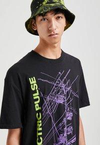 PULL&BEAR - T-shirt print - black - 3
