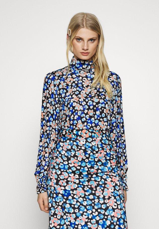 BILLY TURTLENECK - T-shirt à manches longues - leopard blossom
