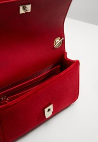 Valentino Bags - MARILYN CROSS BODY - Across body bag - rosso - 3