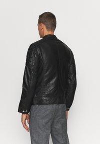 Schott - MARTIN - Leather jacket - black - 2