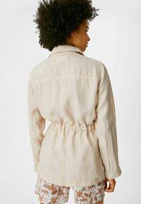 C&A - Leinen - Summer jacket - taupe - 1
