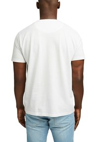 Esprit - PIQUE - Basic T-shirt - off white - 2