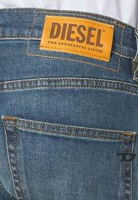 Diesel - D-STRUKT - Jeans Tapered Fit - indigo - 3