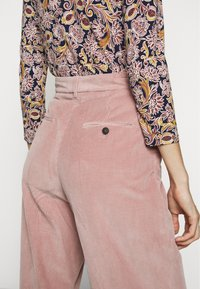 WEEKEND MaxMara - TOBIA - Trousers - rosa - 3