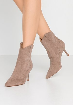 KAISON - High heeled ankle boots - taupe