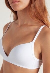 Tezenis - LONDON - Triangle bra - white - 3