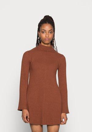 MADALYN DRESS - Jumper dress - tortoiseshell brown