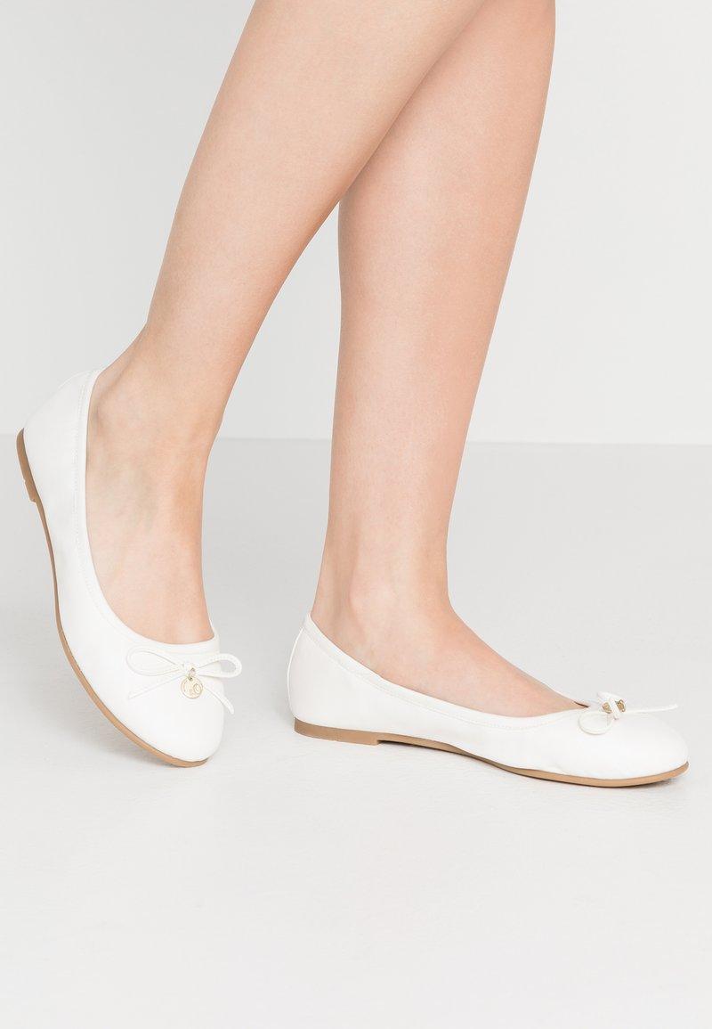 s.Oliver - Ballet pumps - white