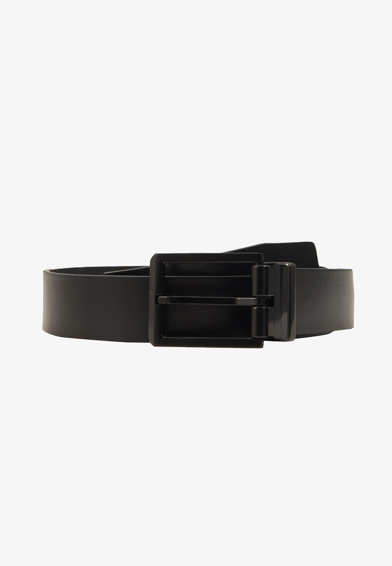 Calvin Klein - SKIVED BUCKLE MONO - Belt - black
