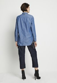 G-Star - RELAXED - Button-down blouse - rinsed - 3