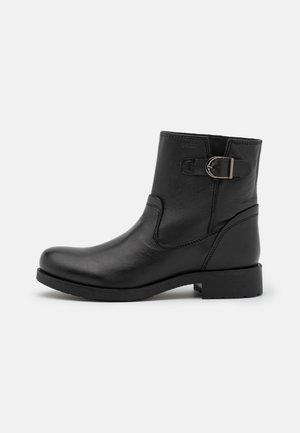 RAWELLE - Classic ankle boots - black