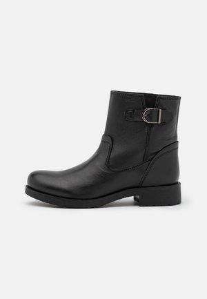 RAWELLE - Kotníkové boty - black
