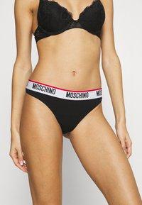 Moschino Underwear - THONG - String - black - 0