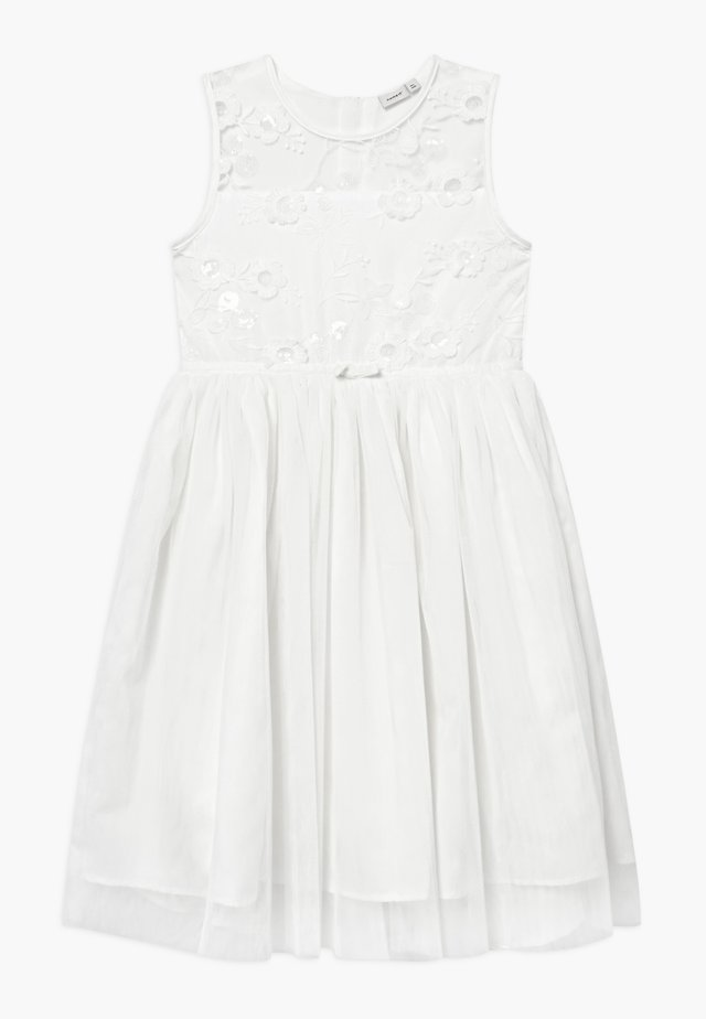 NKFSIV MIDI - Sukienka koktajlowa - bright white