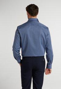 Eterna - COMFORT FIT - Shirt - blau/marine - 1