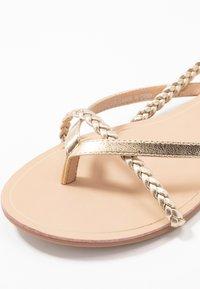 ONLY SHOES - ONLMARGIT BRAID SPLIT TOE  - T-bar sandals - gold - 2
