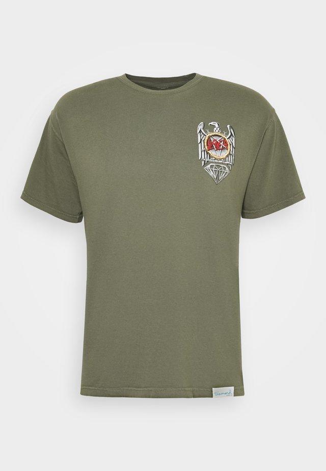 BRILLIANT ABYSS TEE - Print T-shirt - sag