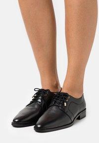 Copenhagen Shoes - CINDERELLA - Stringate - black - 0