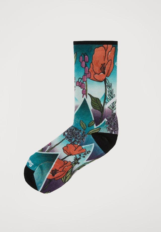 PRO ENDURANCE PRINT - Sports socks - capri
