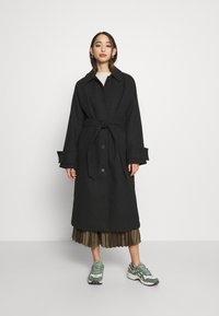Monki - ARELIA COAT - Classic coat - black - 0
