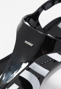 HUGO - EMMA FLAT - Tongs - black - 2