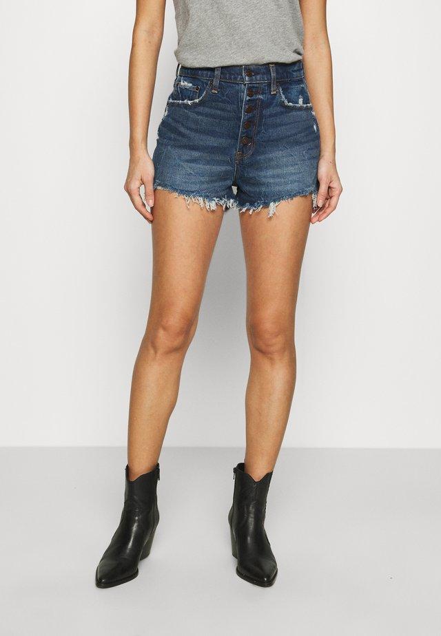 CURVE LOVE HIGH RISE MOM - Shorts di jeans - dark