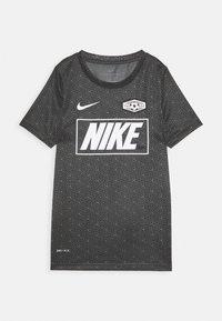 Nike Performance - DRY TEE SOCCER - Print T-shirt - iron grey/black - 0