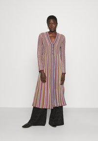 M Missoni - MAXI CARDIGAN DRESS COMBO - Neuletakki - multicolor - 0