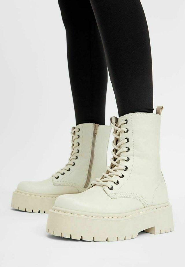 BIADEB LACED UP BOOT - Bottines à plateau - ice